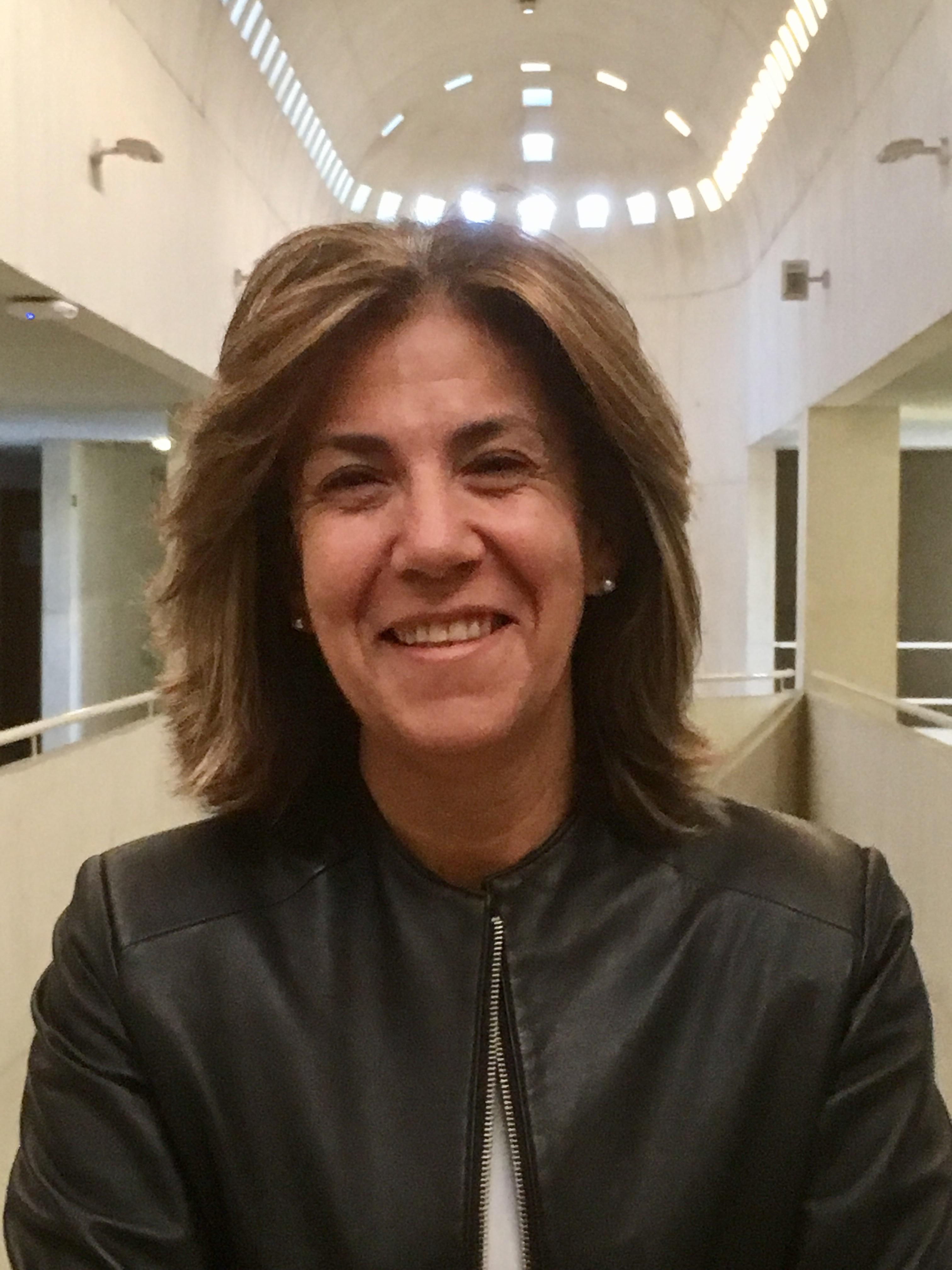 Carla Barros